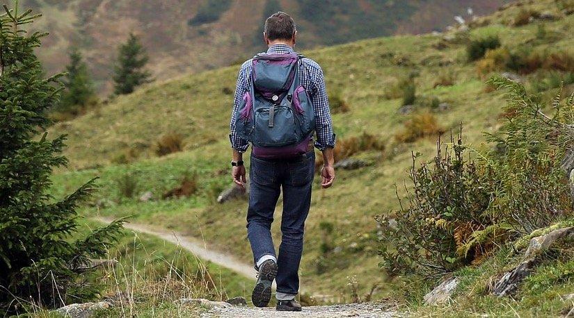 Hacer el camino solo y acompañado desventajas