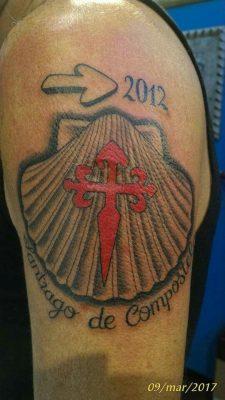 tattoo camino concha